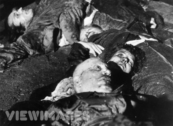 la Mort d'Il Duce , Benito Mussolini et de sa compagne Clara Petacci 1720947650